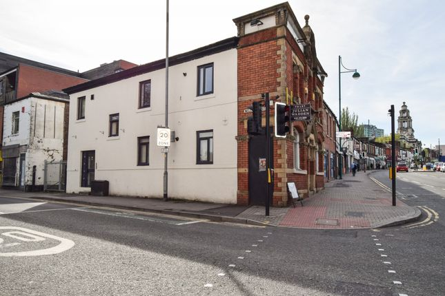 Thumbnail Flat to rent in 2 Wellington Street, Stockport