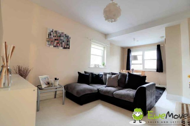 Thumbnail Flat for sale in Winchmore Villas, Winchmore Hill Road, London