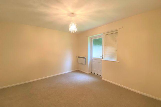 Bedroom of Heath Court, Baughurst, Tadley RG26