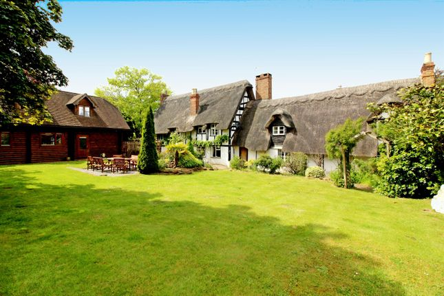 Thumbnail Detached house for sale in Holly Cottage, Southcott Village, Leighton Buzzard