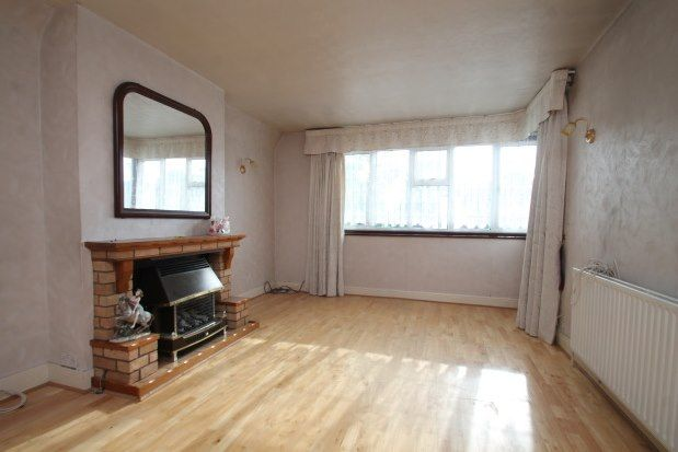 3 bed bungalow to rent in Exford Road, London SE12
