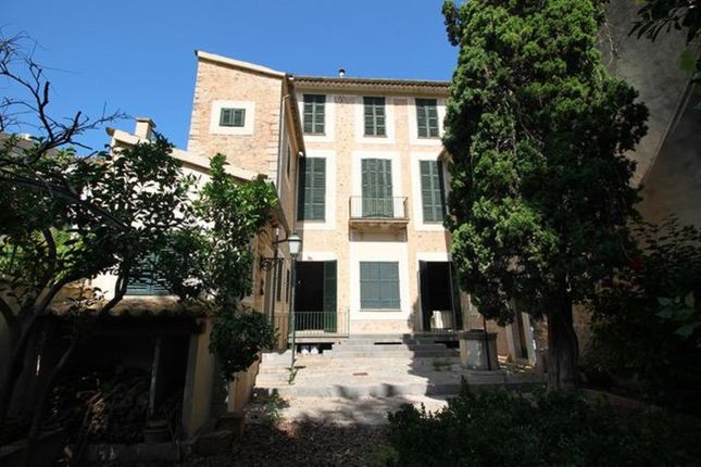 Villa for sale in Soller, The Balearics, Spain