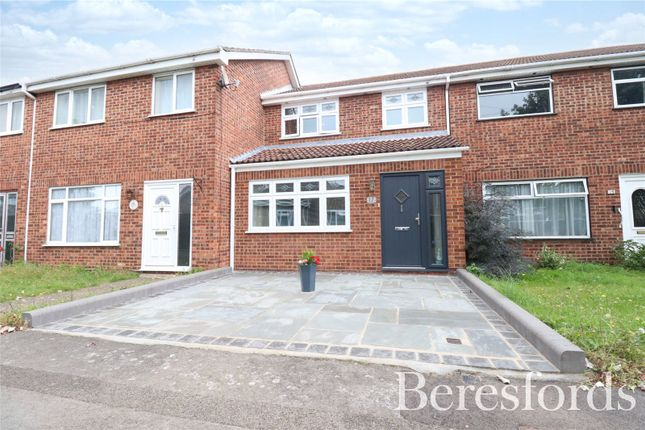 Thumbnail Terraced house for sale in Digby Walk, Hornchurch