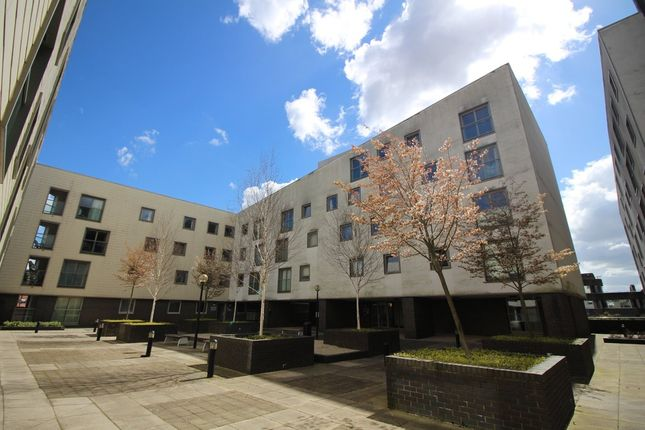2 bed flat to rent in Maidstone Road, Norwich