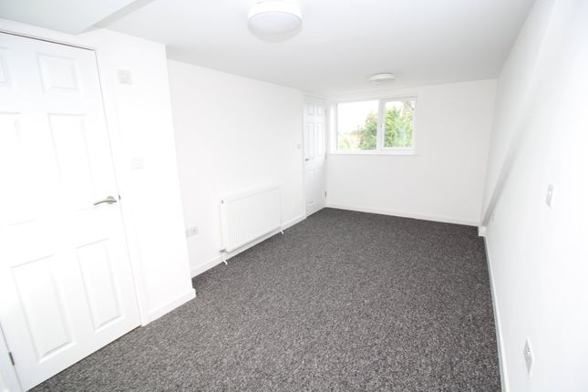 Bedroom 3 of Jorvik Close, York YO26