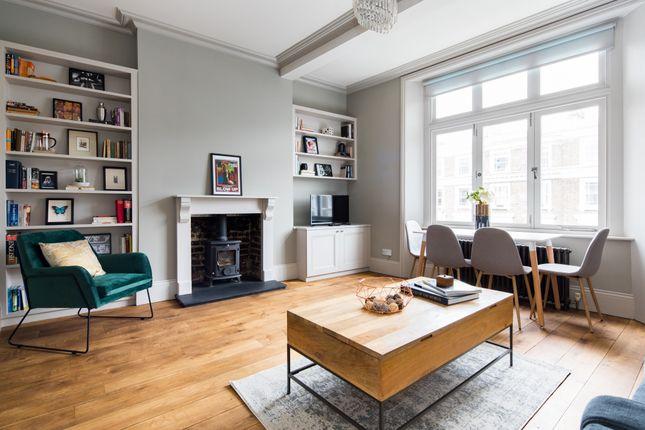 Thumbnail Triplex to rent in Regents Park Road, London