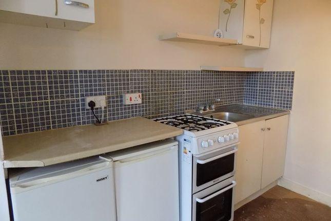 Kitchen of Toller Lane, Bradford BD9