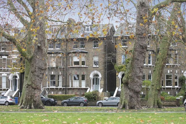 Flat for sale in East Dulwich Road, Dulwich