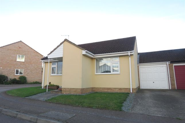 Thumbnail Detached bungalow to rent in Westell Close, Baldock