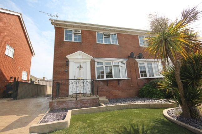 3 bed semi-detached house to rent in Underidge Drive, Paignton