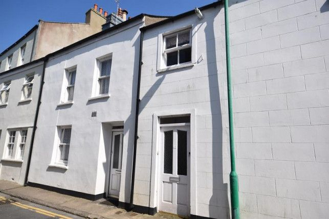 2 bed flat to rent in Malew Street, Castletown IM9