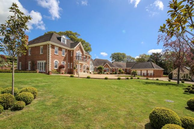 Thumbnail Country house for sale in Bury Gate, Nr Pulborough