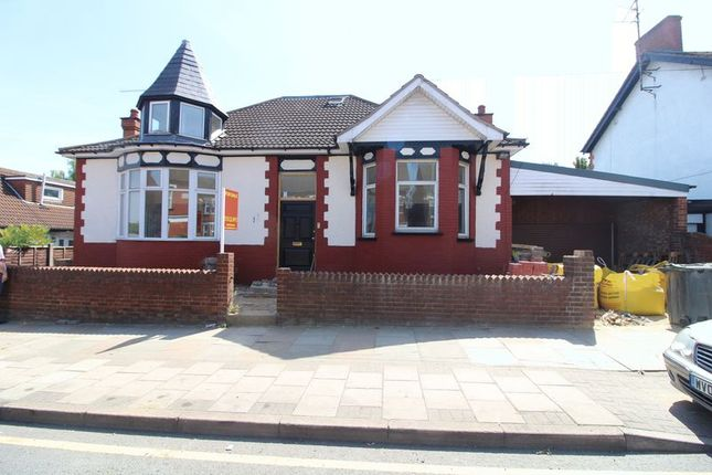 Thumbnail Detached house for sale in Grange Avenue, Leagrave, Luton