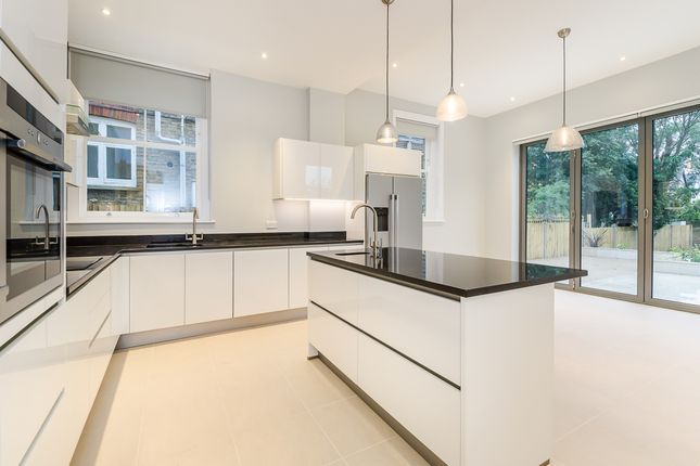 Thumbnail Semi-detached house to rent in Upper Richmond Road West, London