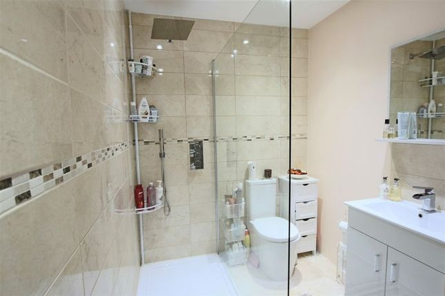 Shower Room of Glamis Drive, Dundee DD2