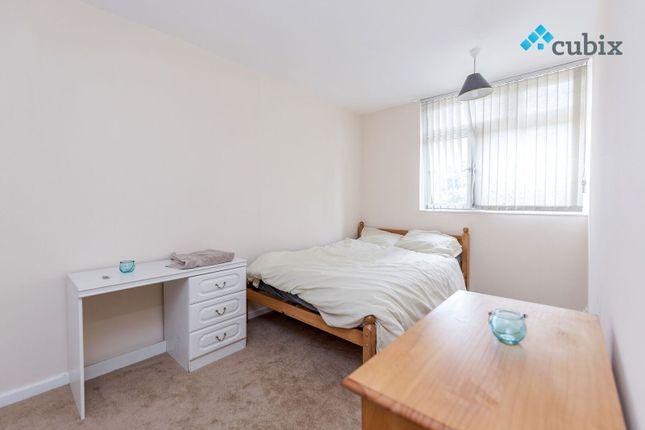 4 bed duplex to rent in Ilderton Road, London