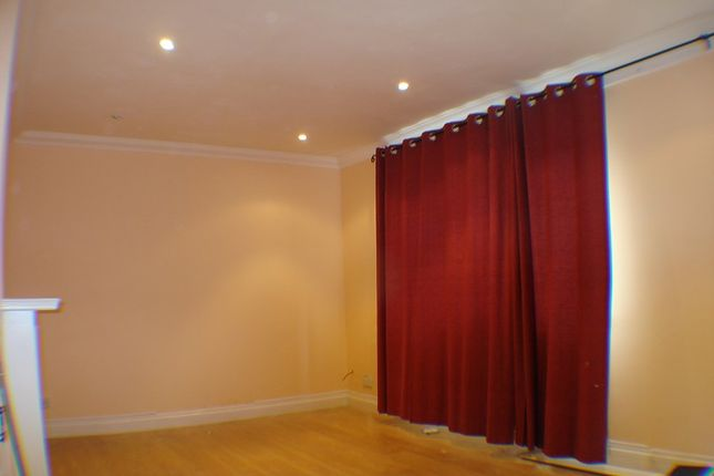 Thumbnail Terraced house to rent in The Normans, Slough, Berkshire.