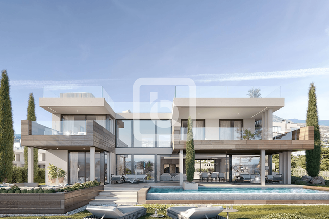 Thumbnail Villa for sale in La Paloma, Manilva, Malaga