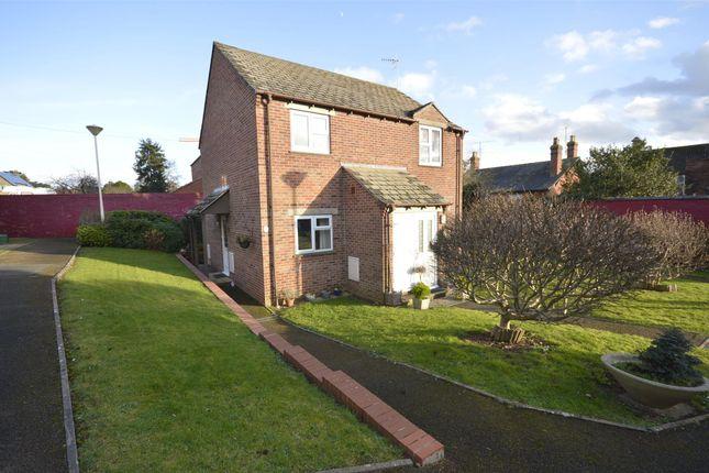 Thumbnail Flat for sale in Westward Road, Ebley, Gloucestershire