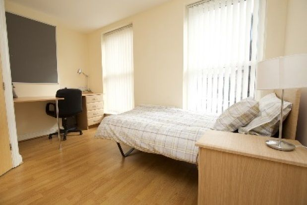 Thumbnail Room to rent in Camden Street, Liverpool