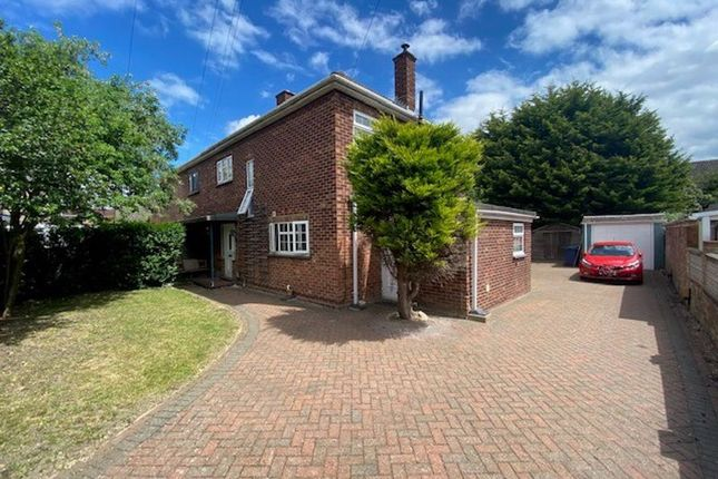 3 bed semi-detached house for sale in Great Northern Street, Huntingdon, Cambridgeshire. PE29