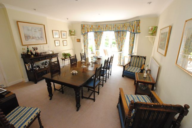 Dining Room of St. Marks Road, Henley-On-Thames RG9