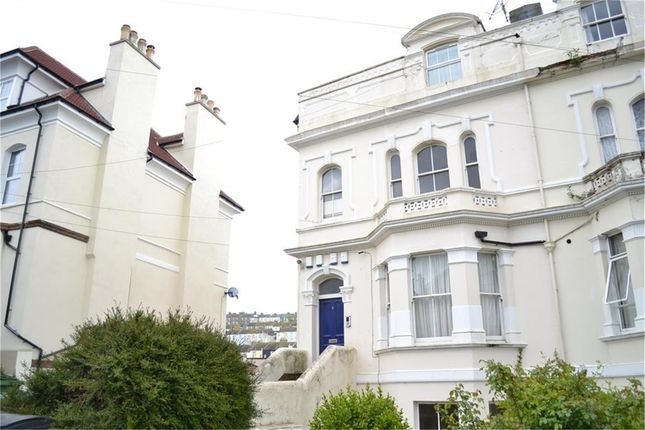 2 bed flat to rent in Top Floor, Quarry Crescent, Hastings, East Sussex