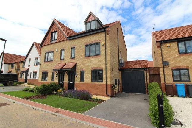 Thumbnail Semi-detached house for sale in Woldcarr Road, Hull