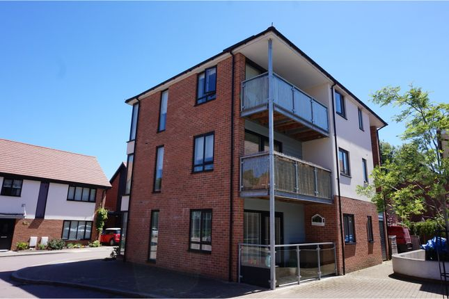 Thumbnail Flat for sale in Teddington Drive, Leybourne Chase, West Malling