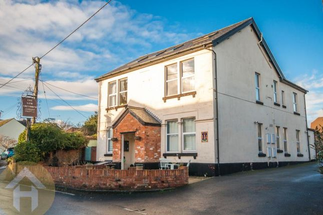 Thumbnail Flat to rent in New Greyhound, 70 Pavenhill, Purton, Wiltshire