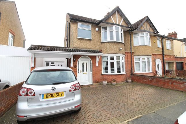 Thumbnail Semi-detached house to rent in High Mead, Luton