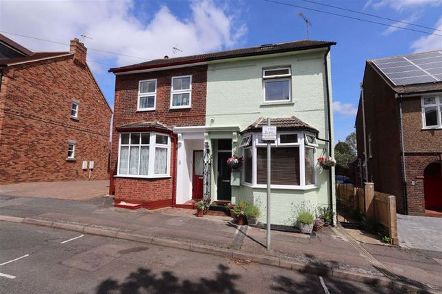 Thumbnail Semi-detached house for sale in Victoria Road, Leighton Buzzard