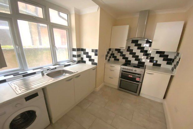 Thumbnail Flat to rent in Pleasant Street, Blackpool