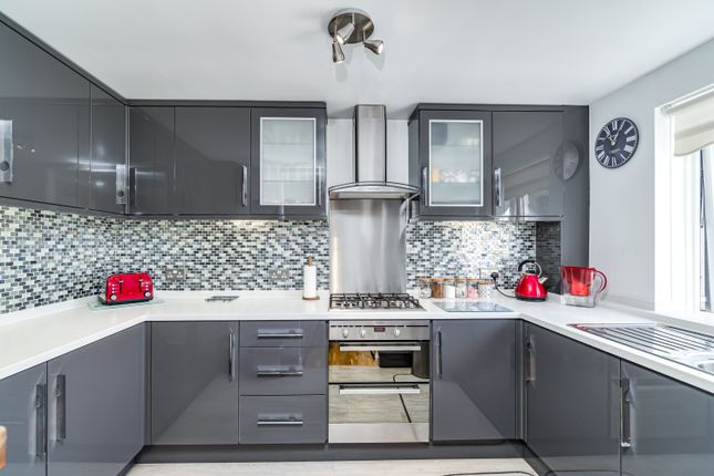 Kitchen of Lambhay Hill, Plymouth PL1