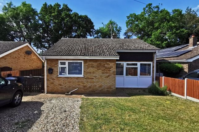 3 bed bungalow to rent in Woodcutters Way, Lakenheath IP27