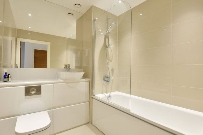1 bed flat to rent in Bellville House, 77 Norman Road, Greenwich SE10