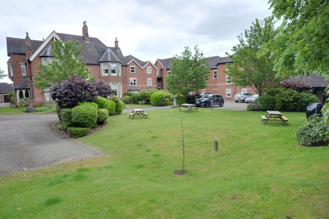 Thumbnail Flat for sale in Oakover Grange, Walton, Stafford