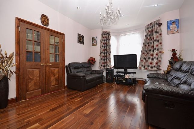 Thumbnail Terraced house to rent in Jewel Road, London