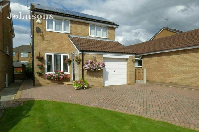 Thumbnail Detached house for sale in Elmdale Drive, Edenthorpe, Doncaster.