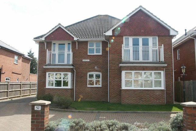 Thumbnail Flat to rent in Manor Road, New Milton
