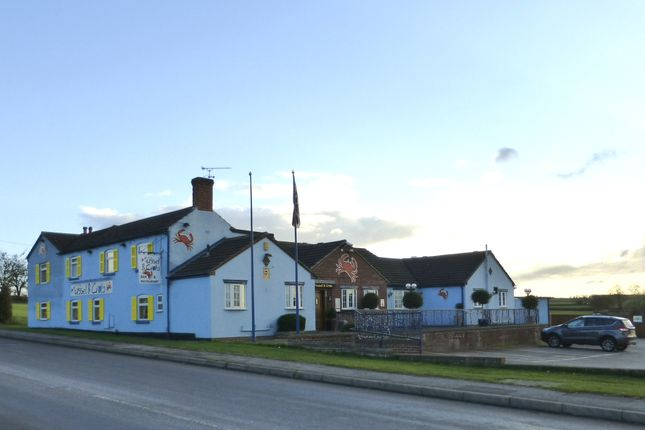 Thumbnail Pub/bar for sale in Sibthorpe Hill, Tuxford