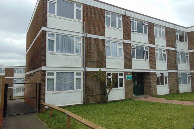 2 bed flat for sale in Heathfield Vale, South Croydon