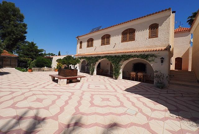 Thumbnail Country house for sale in Alicante, Spain