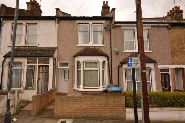 Thumbnail Terraced house to rent in Bostall Lane, Greenwich