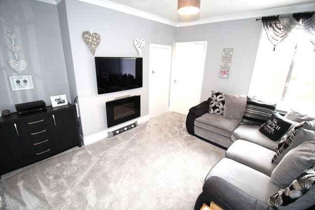 Thumbnail Flat to rent in Victoria Street, Hebburn