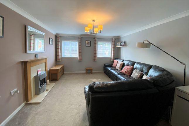 Living Room of Thyme Avenue, Whiteley, Fareham PO15