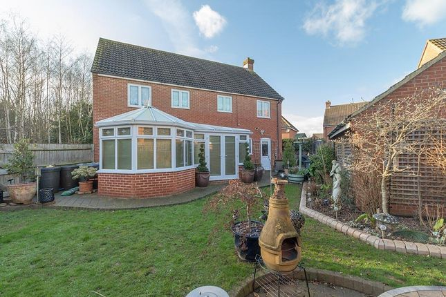 Thumbnail Property for sale in Maylam Gardens, Sittingbourne