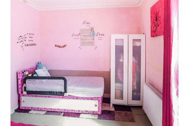 Bedroom of Allanpark Street, Largs KA30
