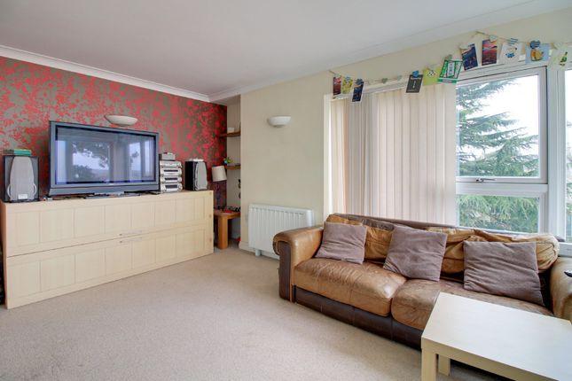 Living Room of Courtenay Park Road, Newton Abbot TQ12