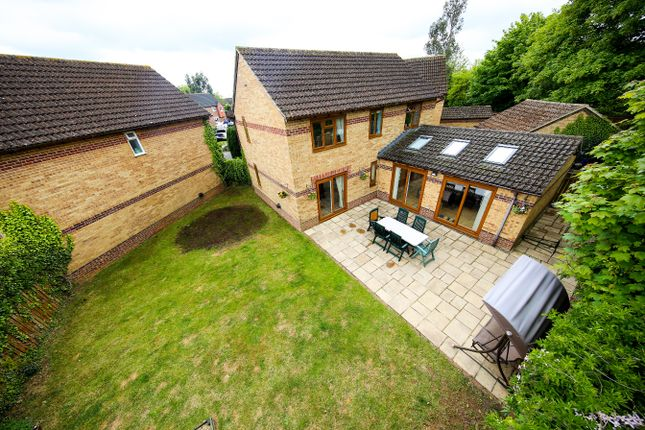 Aerial of Forsythia Close, Bicester OX26